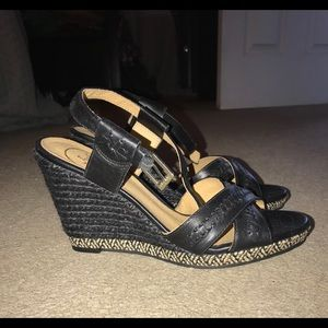 New without tags jack roger wedges size 6.5